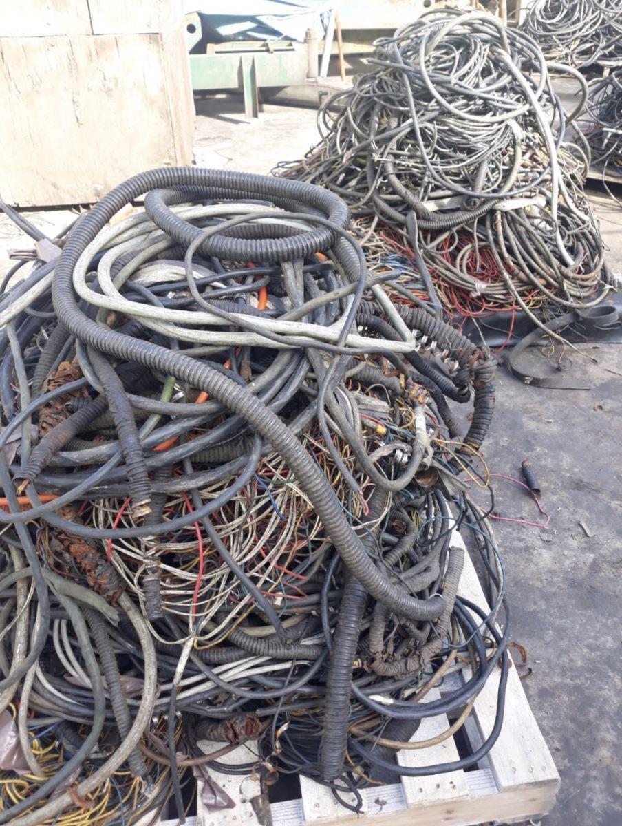 Thu mua phế liệu dây điện cũ tại tphcm